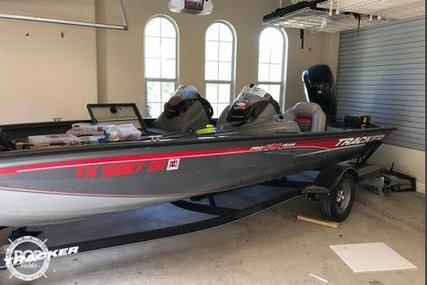 Tracker 19 for sale in United States of America for $23,500 (£18,040)