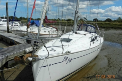Jeanneau Sun Odyssey 35 Lifting Keel for sale in United Kingdom for £62,995