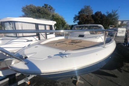 Jeanneau Cap Camarat 7.5 WA for sale in France for €42,900 (£37,871)