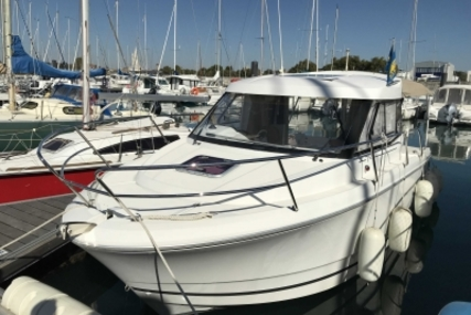 Jeanneau Merry Fisher 755 Marlin for sale in France for €36,000 (£32,020)