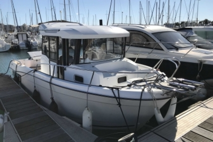 Jeanneau Merry Fisher 695 Marlin for sale in France for €38,900 (£34,222)