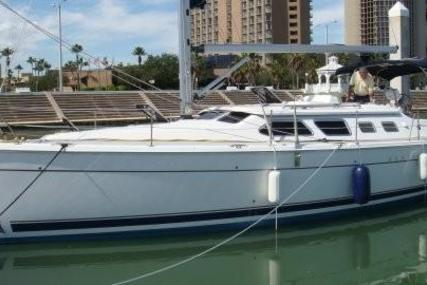 Hunter 41 Deck Salon for sale in United States of America for $164,900 (£129,052)