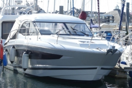 Jeanneau Leader 36 for sale in France for €255,000 (£224,486)