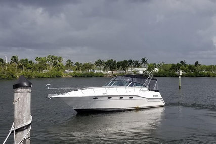Cruisers Yachts 3670 Esprit for sale in United States of America for $24,995 (£18,875)