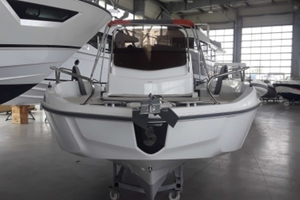 Beneteau Flyer 6 Spacedeck for sale in France for €34,900 (£30,720)