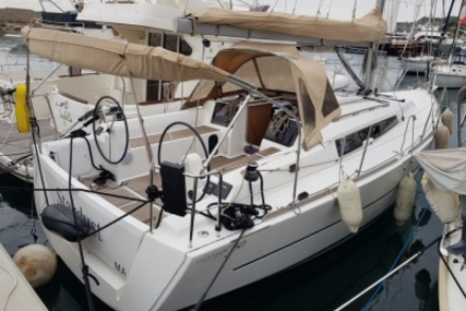 Dufour Yachts 350 Grand Large for sale in France for €122,000 (£103,992)
