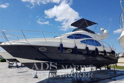 Azimut Yachts 42 Flybridge for sale in Croatia for €219,000 (£194,791)