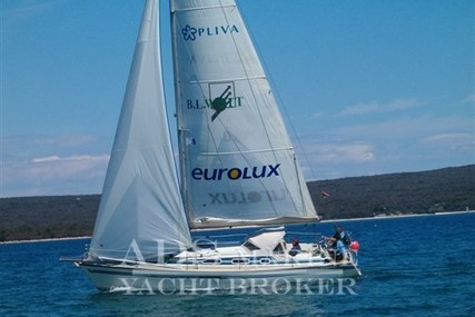 Dehler 35 CWS for sale in United States of America for €49,500 (£41,410)