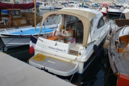 Beneteau Antares Serie 8 for sale in France for €57,000 (£49,930)
