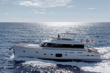 Azimut Yachts Magellano 76 for sale in Italy for €1,850,000 (£1,631,508)