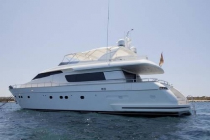 Sanlorenzo 82 for sale in Spain for €1,399,900 ($1,581,405)