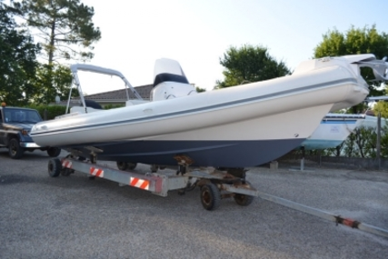 Nuova Jolly 700 for sale in France for €52,000 (£44,494)