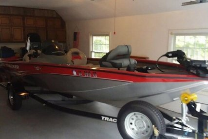 Tracker 17 for sale in United States of America for $15,500 (£11,857)