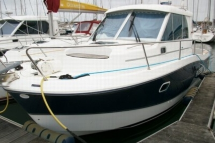 Beneteau Antares 760 for sale in France for €38,500 (£33,987)