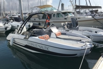 Beneteau Flyer 6.6 Sportdeck for sale in France for €39,000 (£34,689)