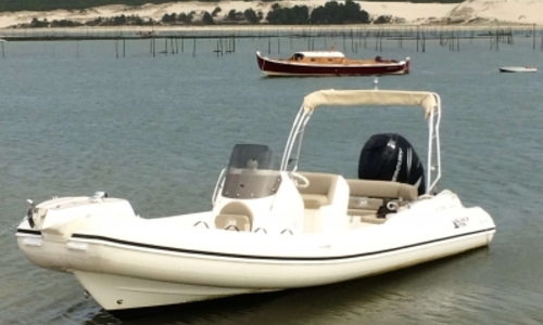 Image of Nuova Jolly Blackfin 8 Elegance for sale in France for €65,000 (£55,617) ARCACHON, France