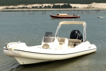 Nuova Jolly Blackfin 8 Elegance for sale in France for €65,000 (£55,617)