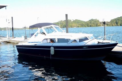 Chris-Craft Catalina 281 for sale in United States of America for $7,500 (£5,802)