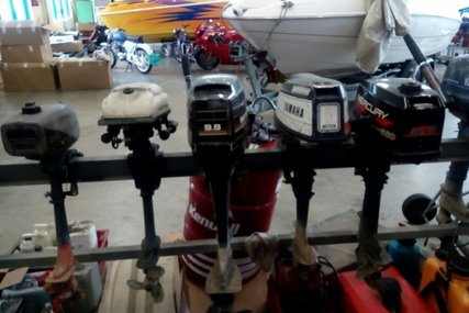 Mercury Yamaha Johnson Suzuki 5 x Buitenboord motor outboard for sale in Netherlands for €1,500 (£1,327)