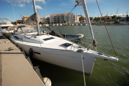Jeanneau Sun Odyssey 479 for sale in France for €299,000 (£258,830)