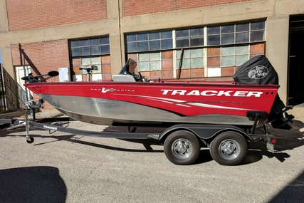 Tracker Pro Guide V175 SC for sale in United States of America for $14,500 (£11,518)