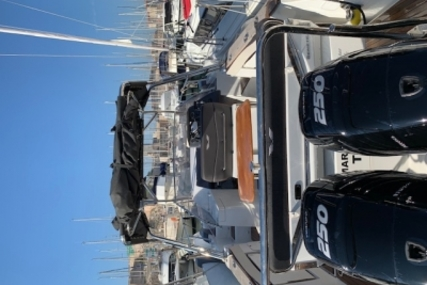 Beneteau Flyer 8.8 Sundeck for sale in France for €105,000 (£92,649)