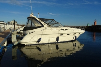 Sealine S37 SPORT CRUISER for sale in United Kingdom for £64,950