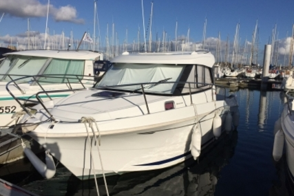 Beneteau Antares 7.80 for sale in France for €36,900 (£32,812)