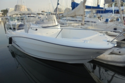 Jeanneau Cap Camarat 7.5 Cc for sale in France for €52,900 (£46,338)