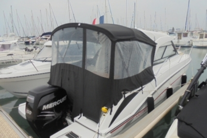 Beneteau Antares 7 for sale in France for €52,900 (£46,338)