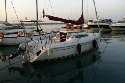 DELPHIA YACHTS DELPHIA 24 LIFTING KEEL for sale in Italy for €16,000 (£14,124)