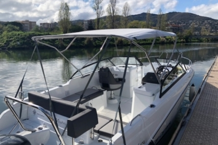 Jeanneau CAP CAMARAT 7.5 BR for sale in France for €58,000 (£49,627)