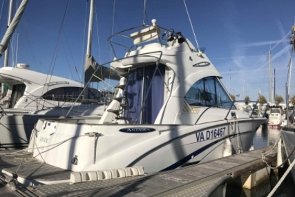 Beneteau Antares 880 LB for sale in France for €41,000 (£36,179)