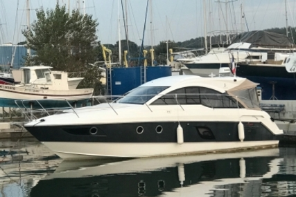 Beneteau Gran Turismo 38 for sale in France for €175,000 (£154,059)