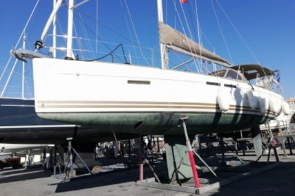 Jeanneau Sun Odyssey 409 Performance for sale in France for €140,900 (£125,325)