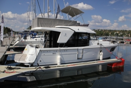 Beneteau Swift Trawler 30 for sale in Sweden for kr1,879,200 (£164,727)