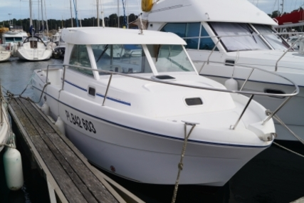Beneteau Antares 710 for sale in France for €18,900 (£16,806)