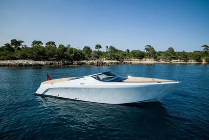 Mulder Aston Martin AM37 POWER BOAT for sale in United Arab Emirates for $1,640,000 (£1,273,589)