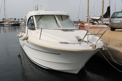 Beneteau Antares 8 for sale in Spain for €49,000 (£43,256)
