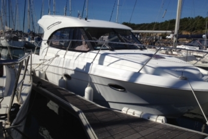 Beneteau Antares 30 S for sale in France for €87,900 (£78,183)