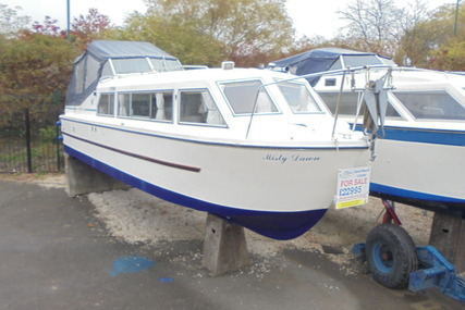 Viking Yachts 28 Narrow Beam 'Misty Dawn' for sale in United Kingdom for £22,995