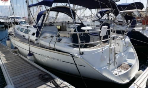 Image of Jeanneau Sun Odyssey 40.3 for sale in France for €80,000 (£69,104) LE LAVANDOU, France