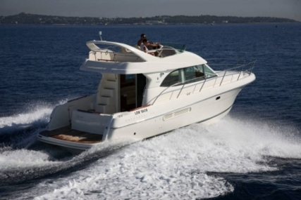 Prestige 36 for sale in France for €92,000 (£81,830)