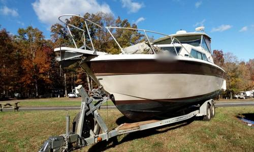 Image of Chris-Craft 280 Catalina Express for sale in United States of America for $12,500 (£9,521) Louisa, Virginia, United States of America