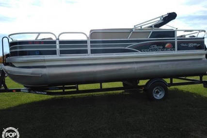 Sun Tracker Fishin Barge 20 DLX Signature for sale in United States of America for $25,300 (£19,637)