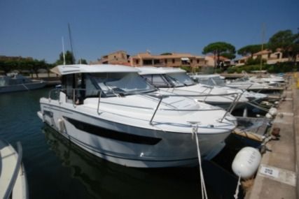 Jeanneau Merry Fisher 895 for sale in France for €117,000 (£103,282)