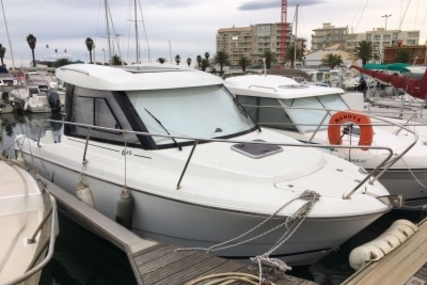 Jeanneau Merry Fisher 645 for sale in France for €23,800 (£21,163)
