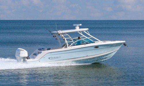 Image of Robalo Dual console R317 for sale in United Kingdom for £216,638 United Kingdom