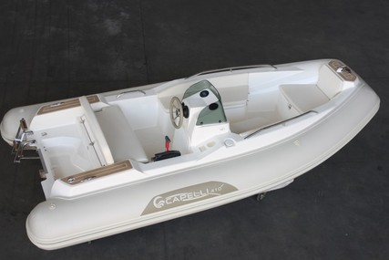 Capelli Tender line Tempest 410 yacht for sale in United Kingdom for £21,995