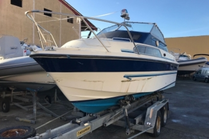 Fairline Weekend 21 for sale in France for €2,000 (£1,739)